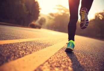 肌のたるみと運動不足は関係あるのでしょうか